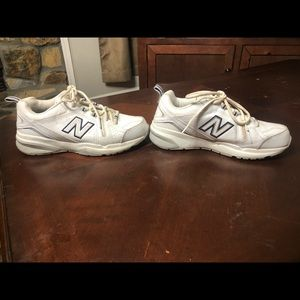 New Balance walking shoes. Only worn a few times. Size 8.5